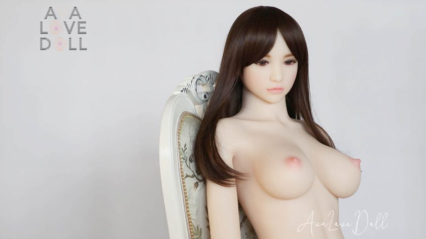 Elsa Doll Forever Assis Brune Seins Zoom