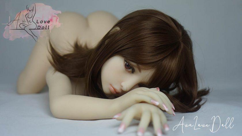 Iris Piper Doll Visage Fesses Levrette Mains