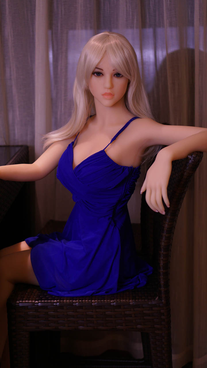 Liana Doll Forever Assise Chaise Mains Blonde