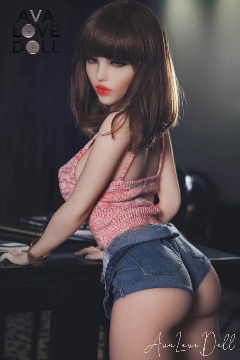 Doll Forever Shannon Brune Fesses Derrière