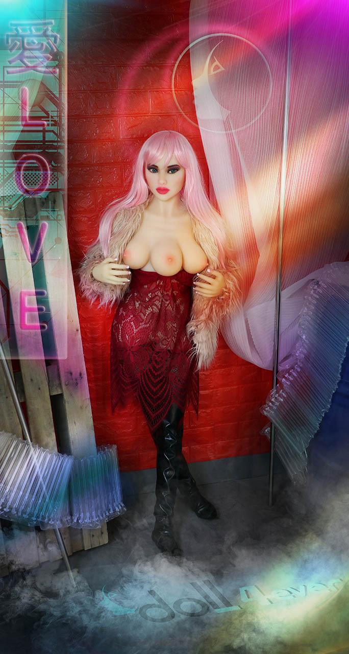Venus Doll Forever 3 Trois Seins Debout