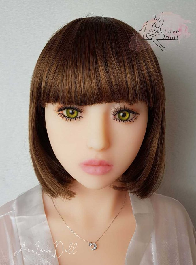 Yeux-Verts-Ava-Love-Doll