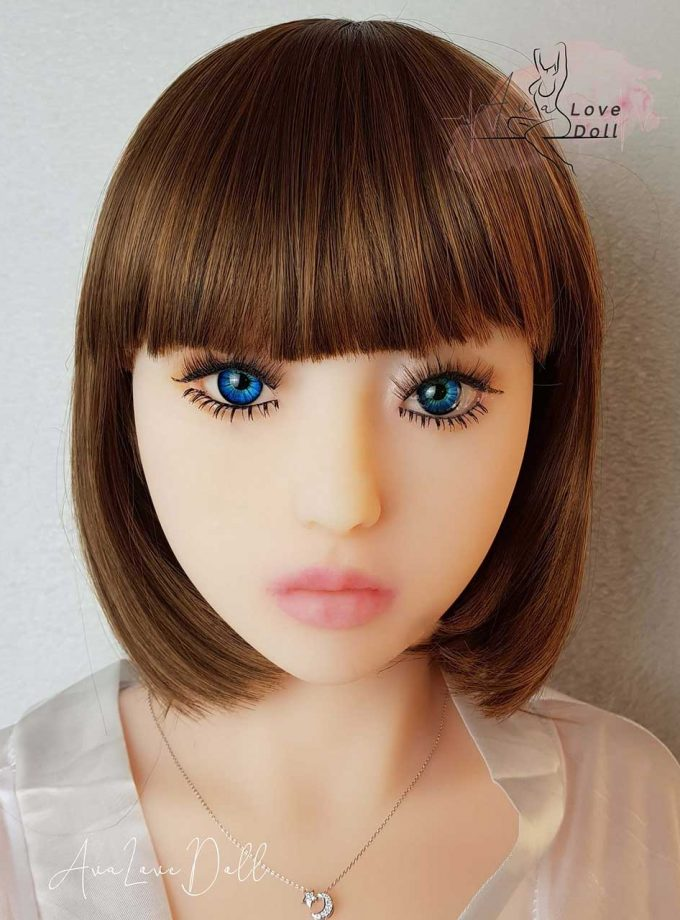 Yeux-Zoom-Bleus-Foncés-Ava-Love-Doll