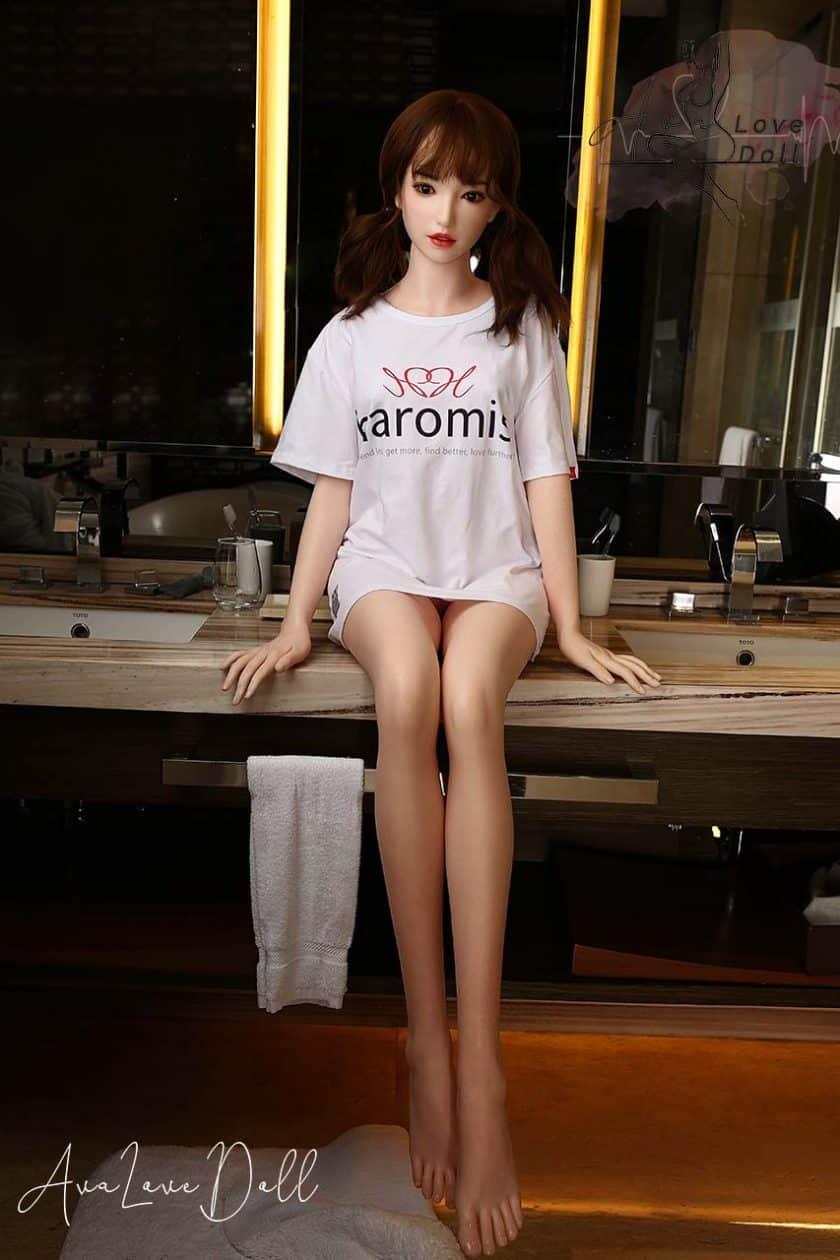 Poupée Silicone Future Doll 165cm Visage F1